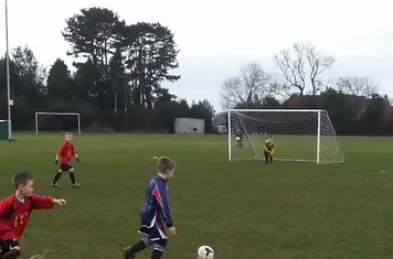 Under 8's On The Attack