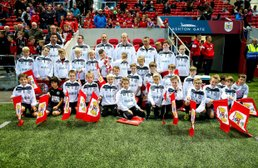 Under 11s Support Bristol City at the Etihad