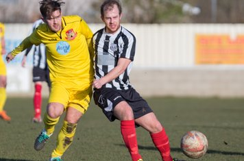 Chris Short in action for Brigg Town.