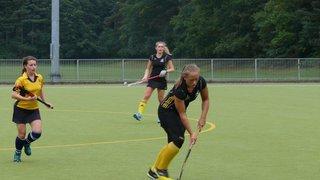 Bracknell ladies 1's v Henley ladies 2's. Score 4-1