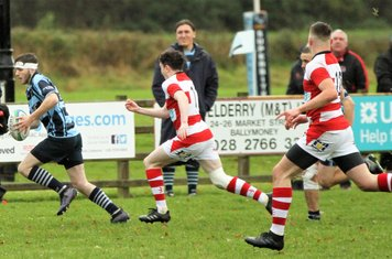Matty Bell attacks the Randalstown line.
