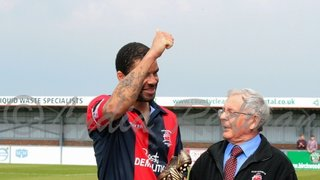 Eastbourne Borough FC(3) VS Hayes and Yeading United(1) 21/04/2014