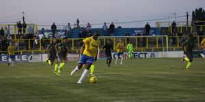 Canvey Island 2-1 Grays Athletic