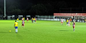 Bowers & Pitsea 1-1 Canvey Island (5-3 on Pens)