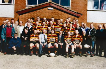 2001-2002 1st team with ex players