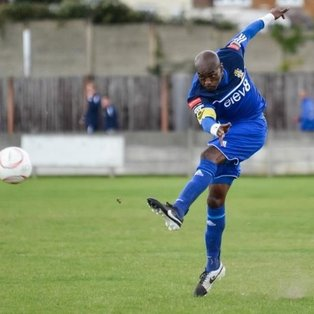 Aveley come from behind to take the spoils