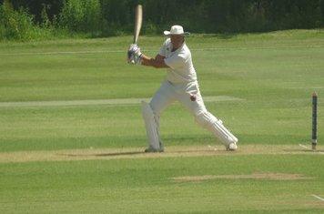 Andrew Reynoldson Batting for Geddington 1st XI V Oundle Town 1st XI At Geddington Cricket Club. 29th June 2019.