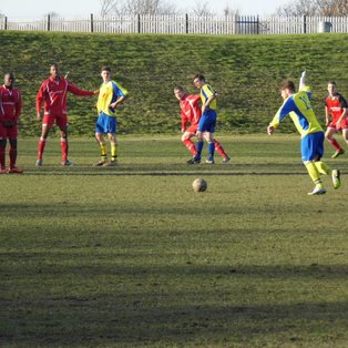 Uniteds Winning Run Ends With Defeat