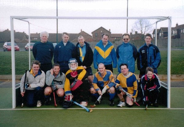ANOTHER TEAM FROM 1996. Standing l to r: Tony Lee, Steve Davison, Dave Wilson, Mike Surtees, Mike Rushmere, ?. Kneeling l to r: ?, ?, ?, Matt Elwood(picture supplier), ?, Pete Harding.