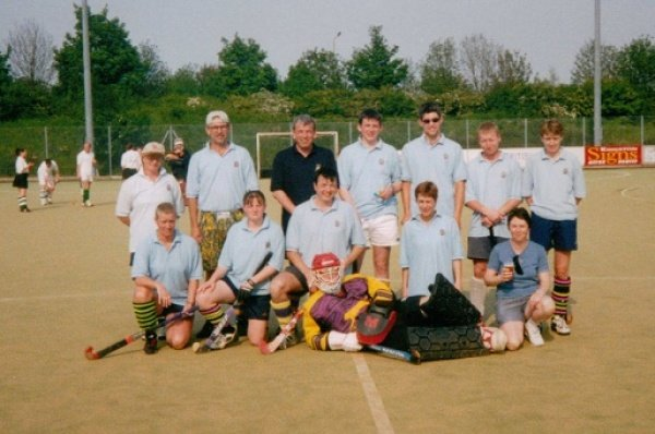 TOURING TEAM AT PETERBOROUGH 199? Back row from L to R: Julie Bower, Mike Rushmere, Andrew Young, James Williamson?, Ed Rushmere, Jamie Dodds, Lynn McKeown. Front: Nicki Wood, Katherine Bower, Scott Miles, Ali Watt, Anita Young. Goalie: Jeff Lewis.
