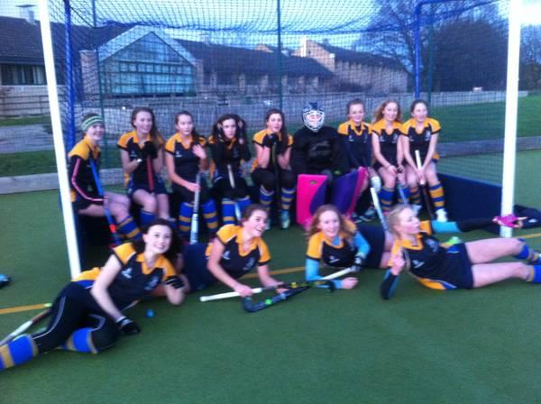 U16 Girls EHB cup team.