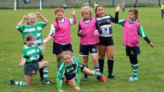 Under 11 girls team photo - by Lisa Godden