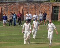 Title hopes fade after Winslade rips through batting with five-for
