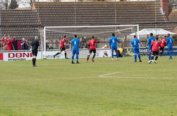 ...to turn Melvin Minter's original save into the net (1 - 1, 23 mins)