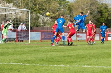 Ryan Moss heads narrowly wide