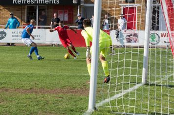 Anthony O'Connor tries to get round the Salisbury defence