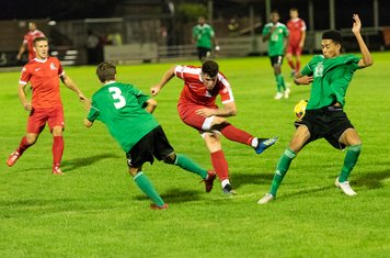 Dylan Kearney looks for his hat-trick