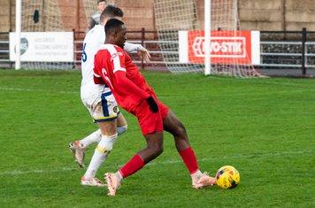 Frank Keita attacks