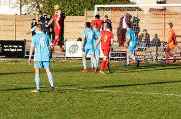 ...but Anthony O'Connor's header goes wide