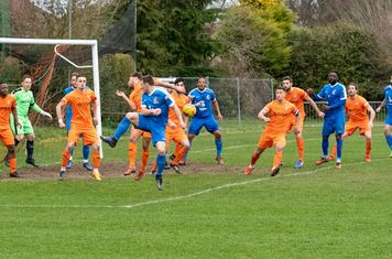 ...but Hartley Wintney clear their lines