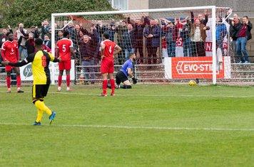 ...and Kieran Murphy puts it in the net