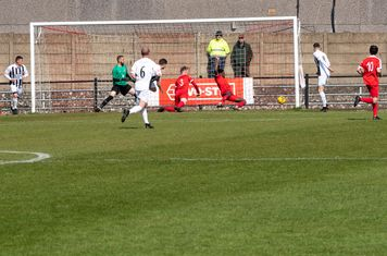 ...and Jordan Lee gets the ball in the net...