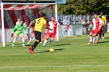 Shaun Preddie looks for a shooting opportunity as Borough continue to take the game to Poole