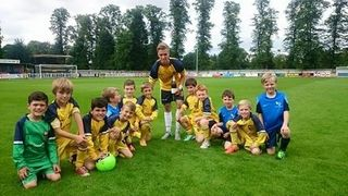 Tadcaster Tornadoes U9s Mascots for Tadcaster Albions v FC Halifax