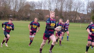 Spalding Bounces Back to Winning Ways with a Stunning Performance