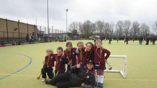 Bedford 1s fend off Luton to take Gold!
