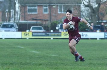 Jake Dearden - Sets up Morley's first try