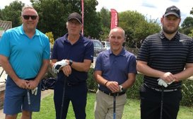 United Legends take golf day honours