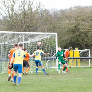 CARLTON TOWN 4-0 GLOSSOP NORTH END - MATCH REPORT