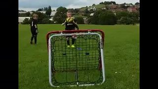 Under 7's and 8's goalkeeper training
