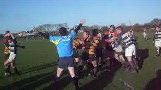 Lineout and run by Hatch