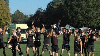 Farnham U10 A's win at the Camberley Festival - 14 Oct 2012