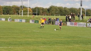 04102014 Wolves V Broughton Park - Bobby on form