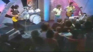 """TOTP 1974 - Wigans Ovation with Jim McClusky """"Skiing in the Snow"""""""