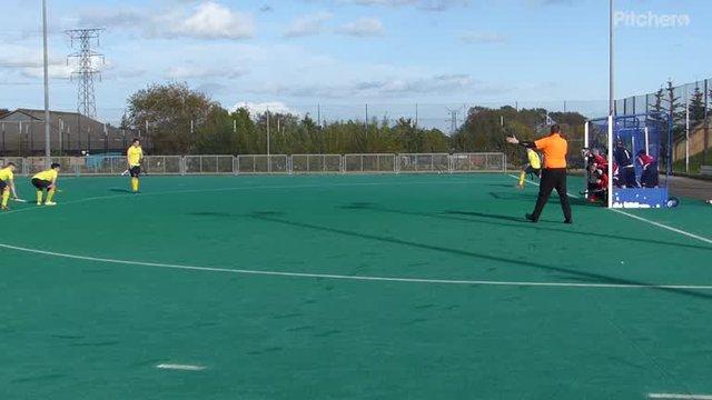 Scott Munro makes it 2-0 with a corner strike