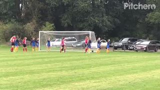 Shauna headed goal vs Harvesters 16 Sep 2017